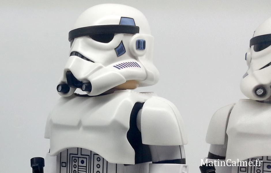 Un Stormtrooper plus vrai que nature. Garde à vous !