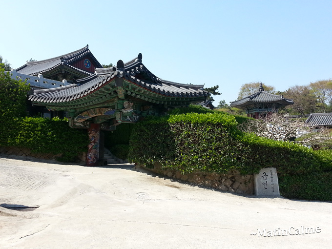 Temple-Busan_01